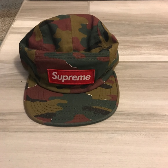 Supreme hat 100% legit and BRAND NEW WITH TAGS 4a7adb774f1